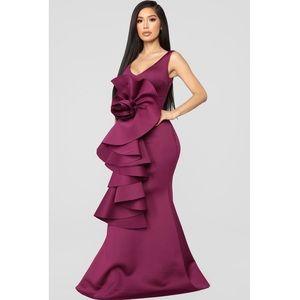 Eggplant/Purple Ruffle Formal Evening Gown - EUC